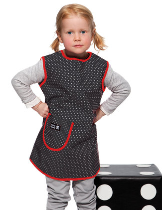 Black apron with dots.